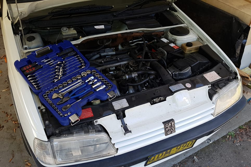 Car battery FAQs - everything you need to know - Car Advice | CarsGuide