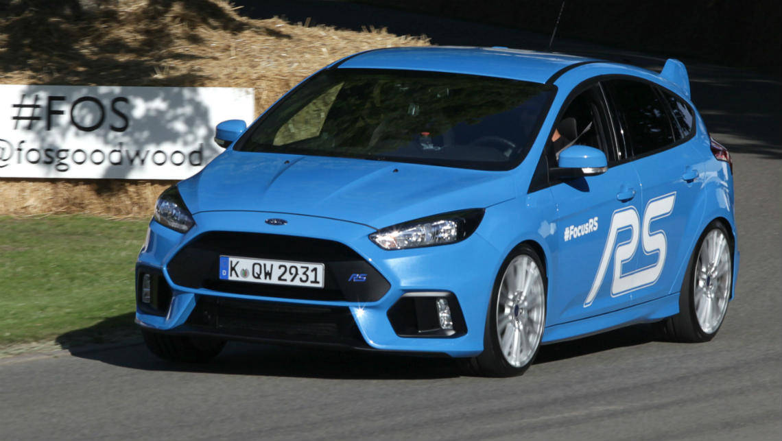 2015 ford focus rs. ken block puts the 2015 ford focus rs through its paces at goodwood rs