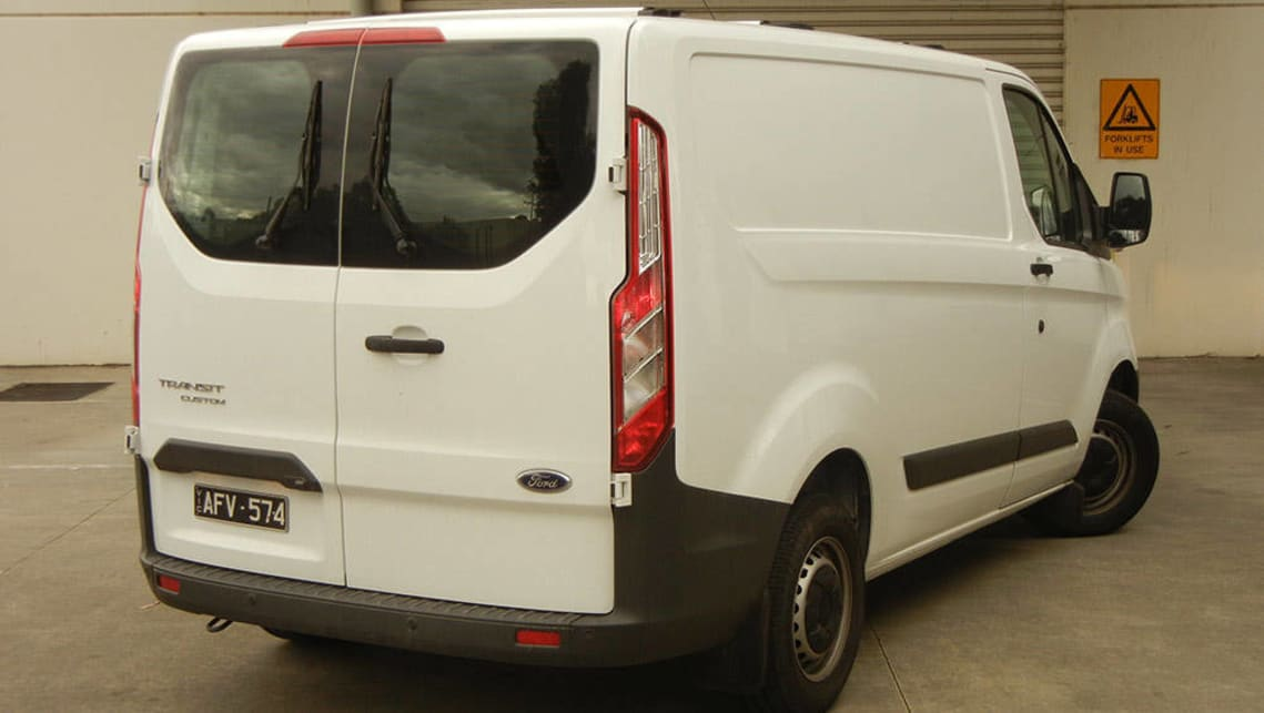 Modish Ford Transit Custom 290S SWB Van 2016 review | CarsGuide FN06