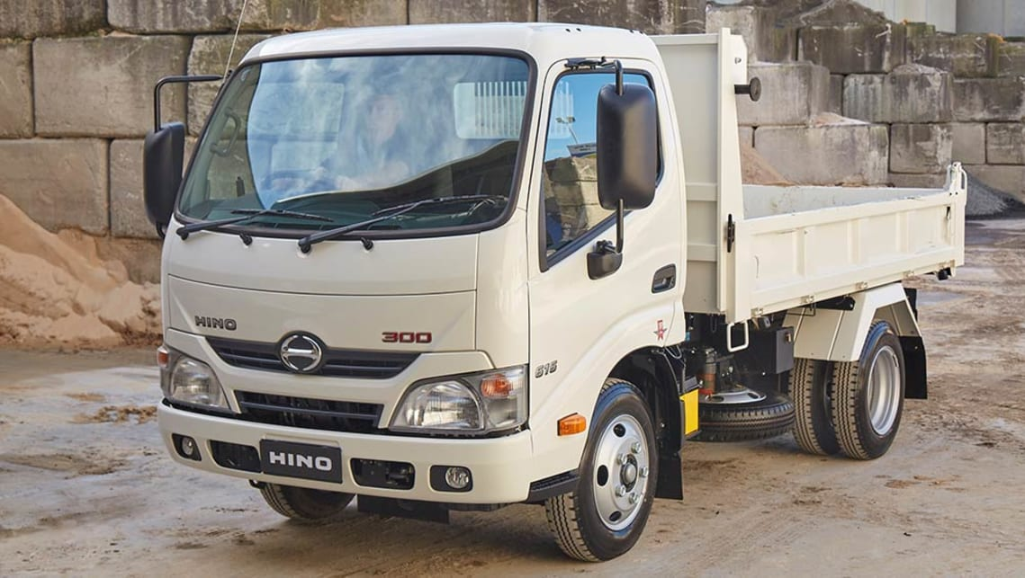 Hino 300 Series 616 IFS Tipper truck 2016 review   CarsGuide