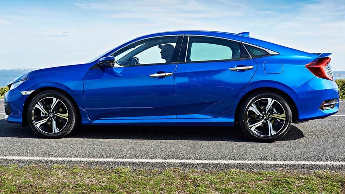 Lane Keeping Assist System >> Honda Civic sedan 2016 review | CarsGuide