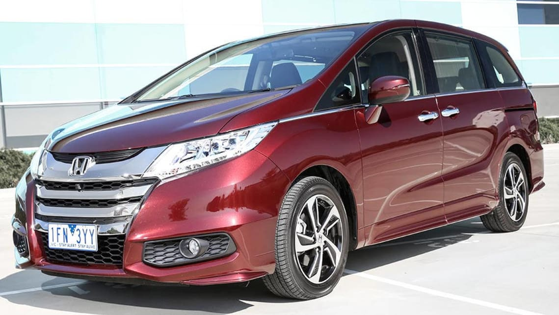 2016 honda odyssey hyundai imax and kia carnival review carsguide. Black Bedroom Furniture Sets. Home Design Ideas