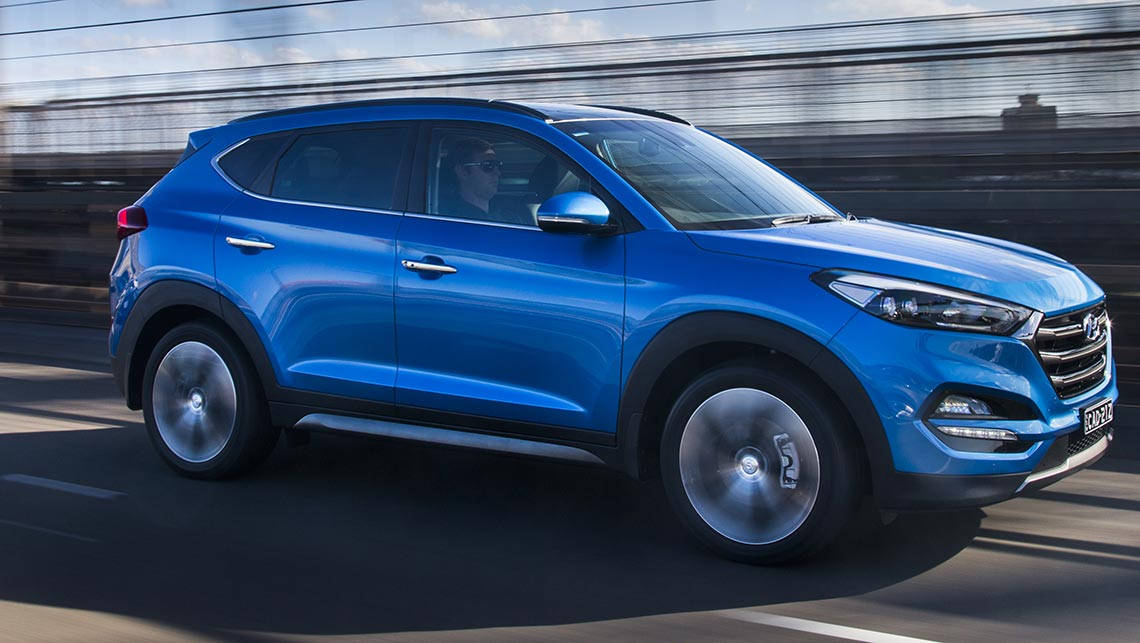auto awd suv and trend side hyundai view cars rating tucson reviews motor se