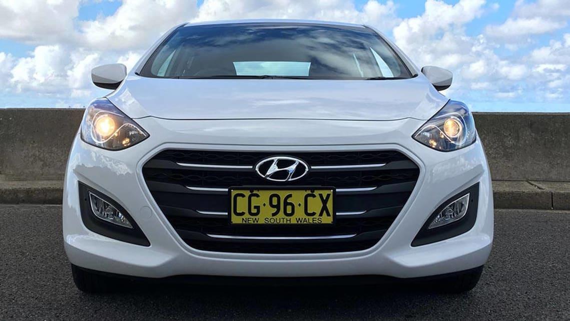 Hyundai i30 Active petrol auto 2016 review | CarsGuide