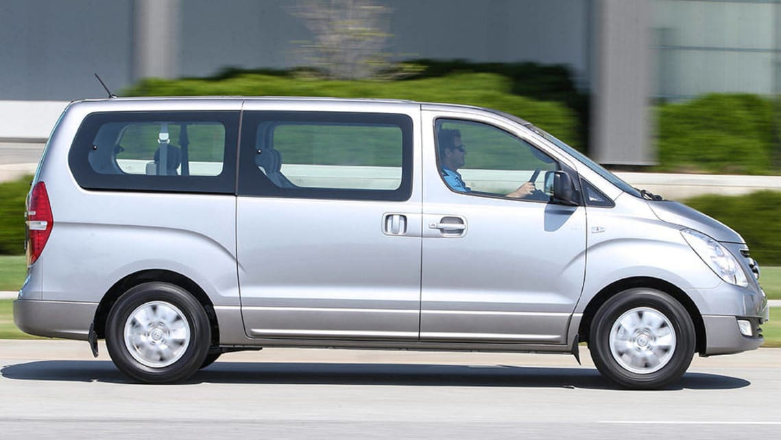 2016 Honda Odyssey, Hyundai iMax and Kia Carnival review ...