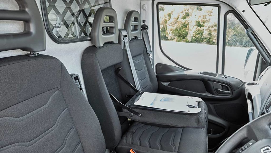 Iveco Daily 2015 review | CarsGuide