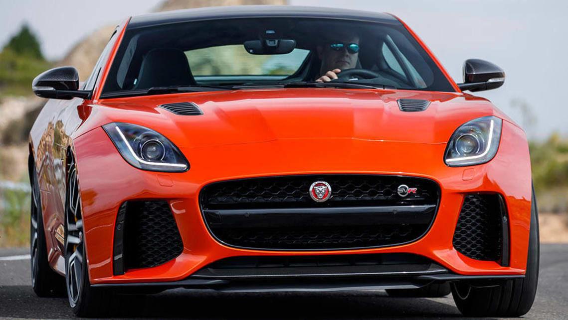 Ordinaire 2016 Jaguar F Type SVR.