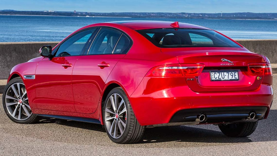 2016 Jaguar XE S review | road test | CarsGuide