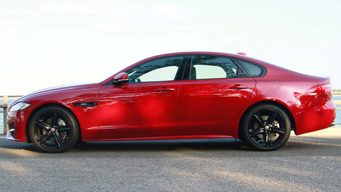 jaguar xf r sport 2016 review carsguide. Black Bedroom Furniture Sets. Home Design Ideas