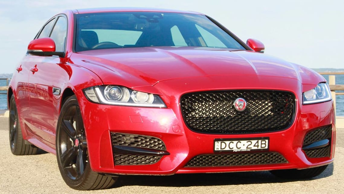 Jaguar XF R Sport 2 0d 2016 review