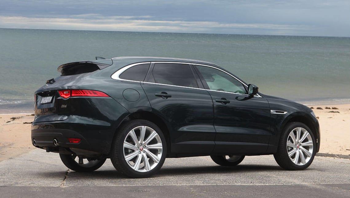 jaguar f pace portfolio diesel 2016 review road test carsguide. Black Bedroom Furniture Sets. Home Design Ideas