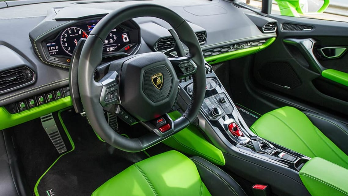 2016 lamborghini huracan lp 580 2 review quick track test carsguide. Black Bedroom Furniture Sets. Home Design Ideas