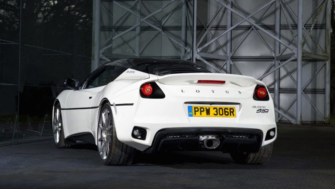 https://res.cloudinary.com/carsguide/image/upload/f_auto,fl_lossy,q_auto,t_cg_hero_large/v1/editorial/Lotus-Evora-Sport-41-white-2017-coupe-%282%29.jpg