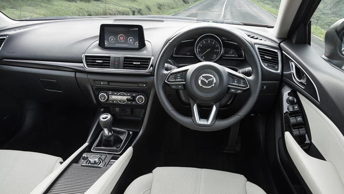 Mazda 3 SP25 Astina 2016 review | first drive | CarsGuide