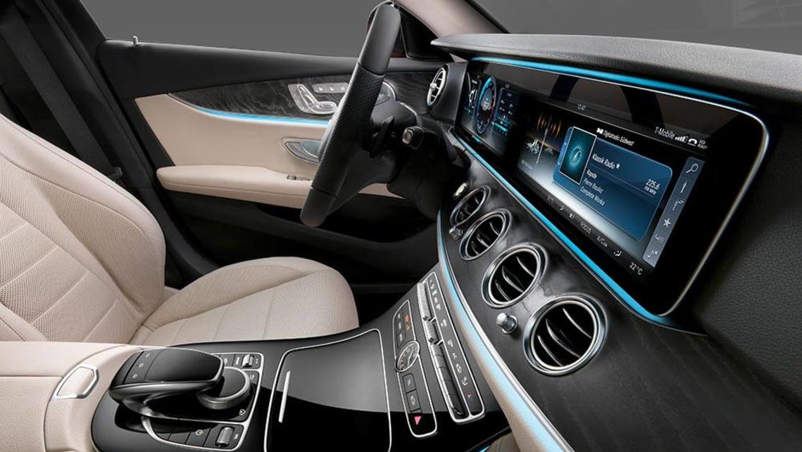 2016 mercedes e class digital dash revealed car news for Mercedes benz dashboard