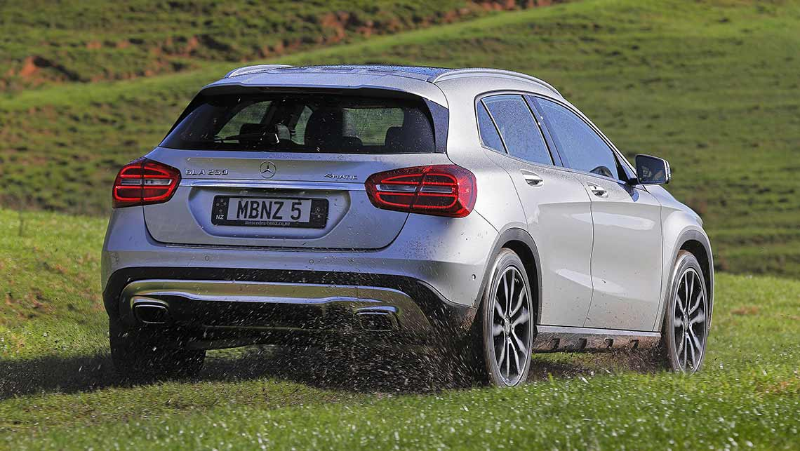 Mercedes benz gla 250 2015 review carsguide for Mercedes benz gla 250 price