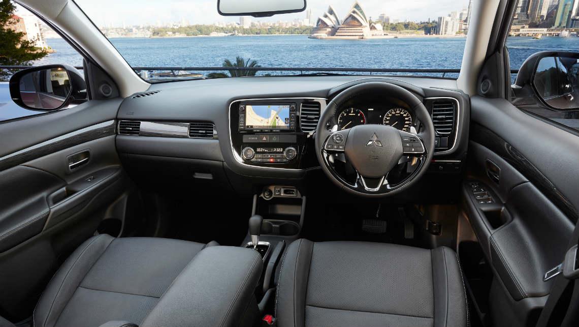 Mitsubishi outlander 2015 reviews