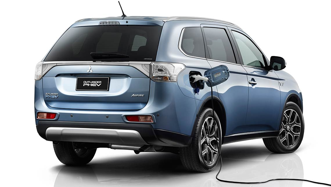 mitsubishi outlander phev 2014 review carsguide. Black Bedroom Furniture Sets. Home Design Ideas