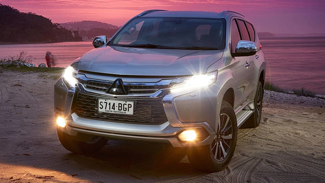 2018 mitsubishi pajero review. simple mitsubishi 2015 mitsubishi pajero sport on 2018 mitsubishi pajero review