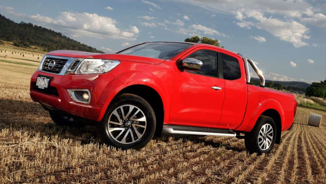 2015 np300 nissan navara king cab pickup review first. Black Bedroom Furniture Sets. Home Design Ideas