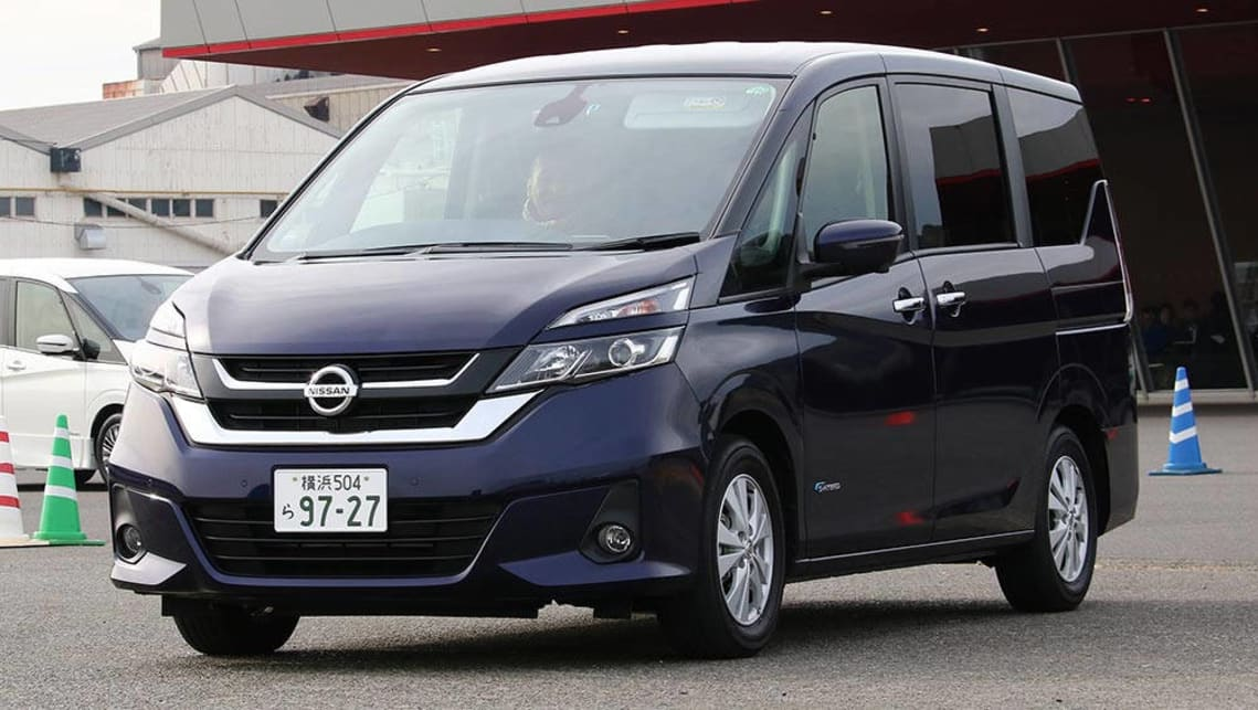 nissan serena autonomous drive 2017 review carsguide. Black Bedroom Furniture Sets. Home Design Ideas