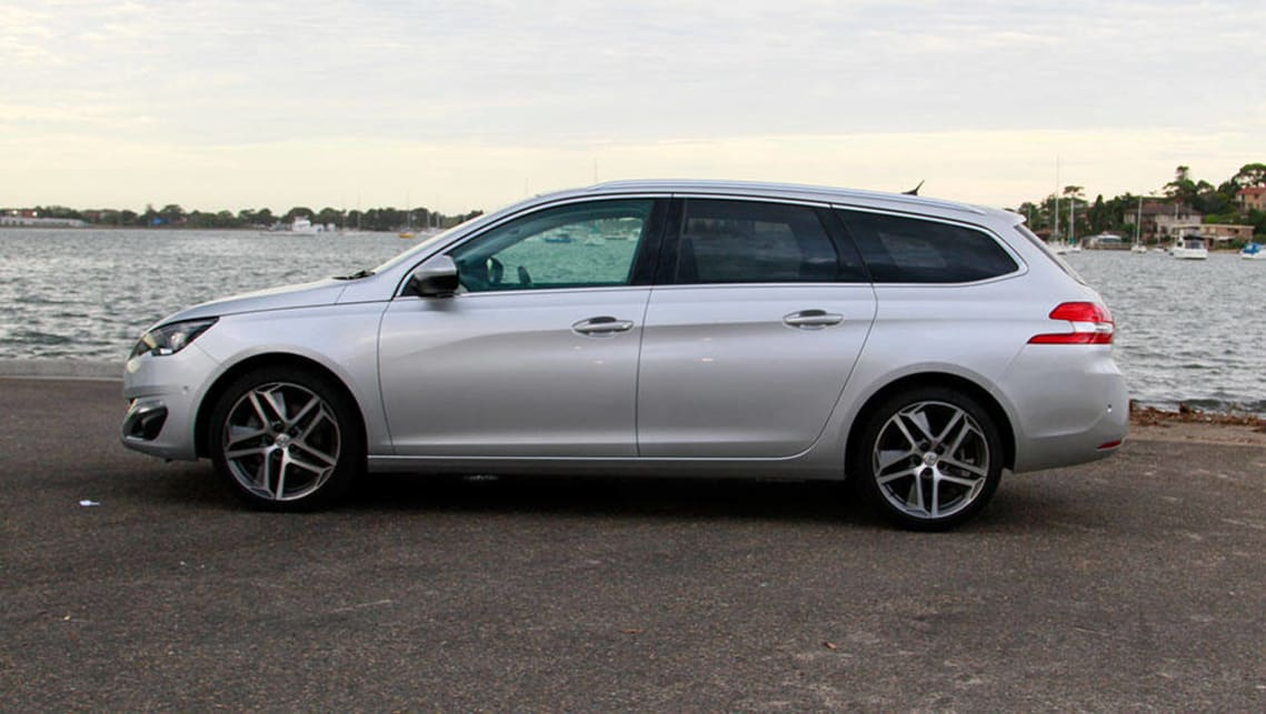 Peugeot 308 Touring 2017 review | CarsGuide