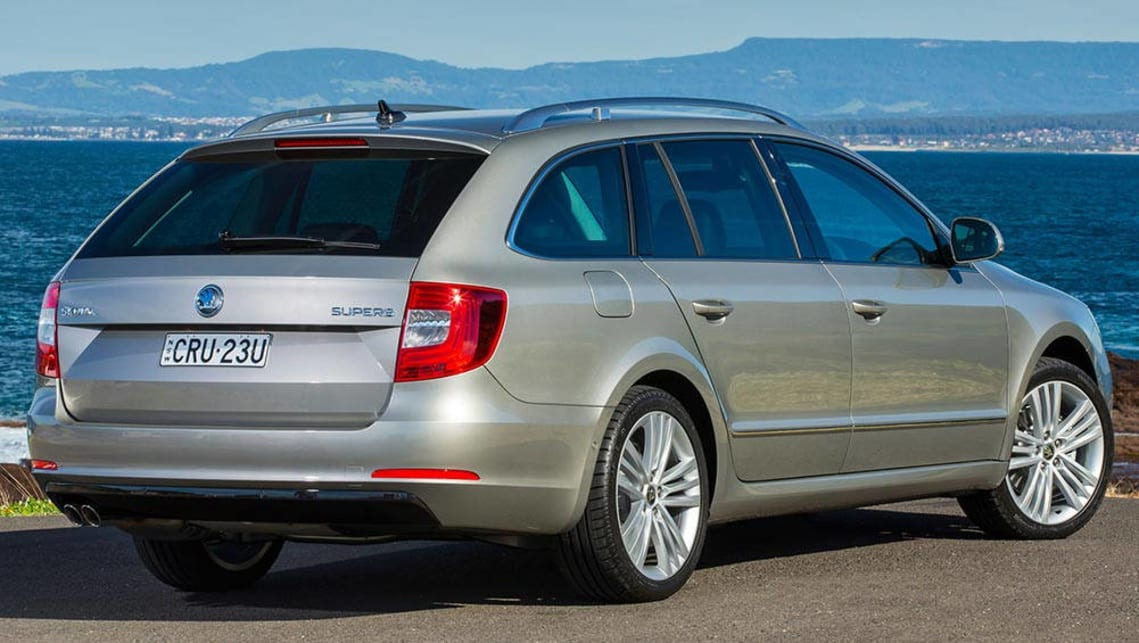 Expert Rating Reviews >> Used Skoda Superb review: 2009-2015 | CarsGuide