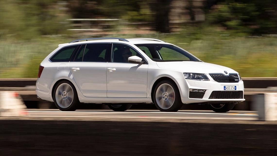 skoda octavia rs 135tdi wagon 2016 review: snapshot | carsguide