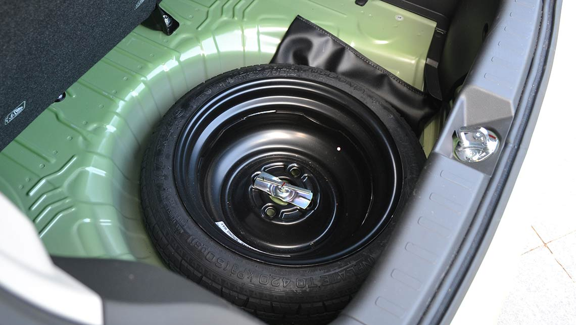 Ve commodore spare wheel