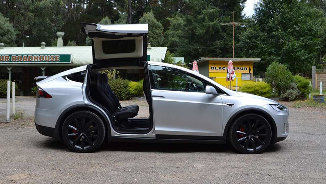 Tesla Model X 2017 review | CarsGuide