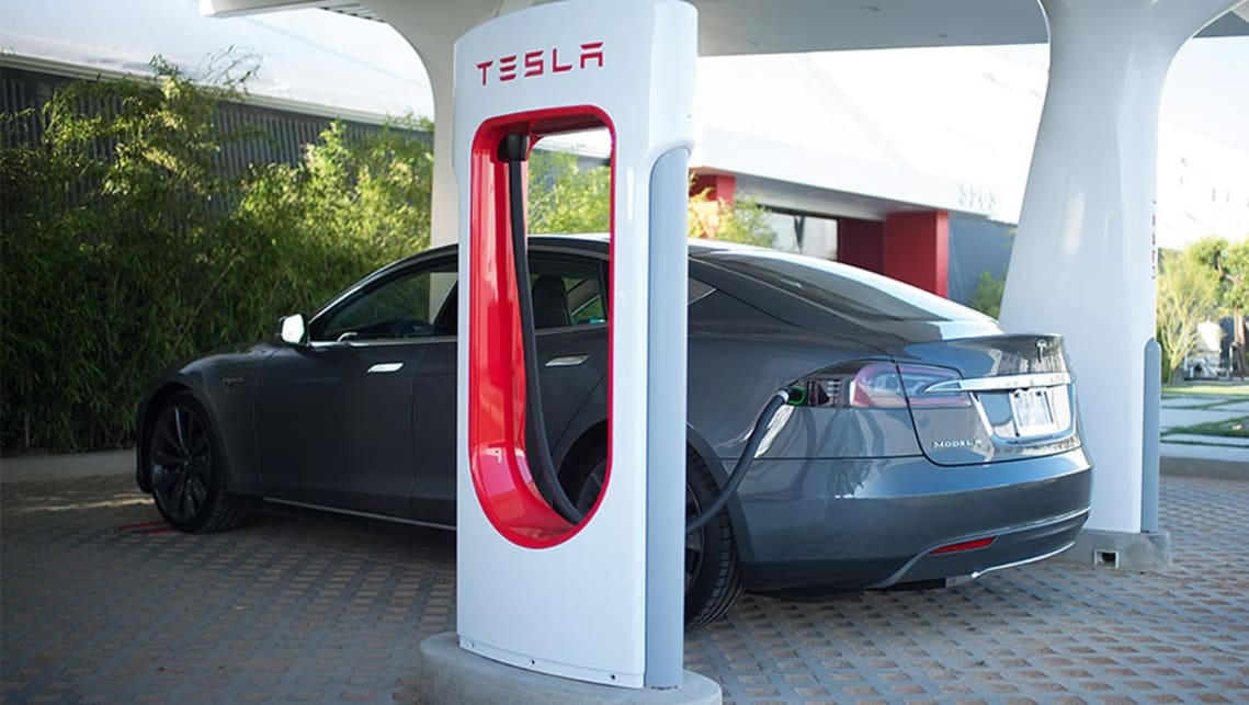 Tesla promises 1600km per hour recharging - Car News   CarsGuide
