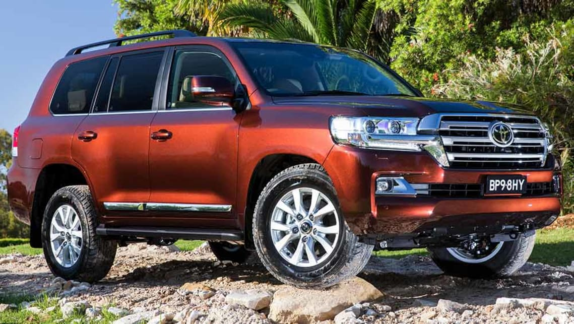 Toyota 7 Seater Cars >> Toyota Land Cruiser LC200 Sahara 2016 review | CarsGuide