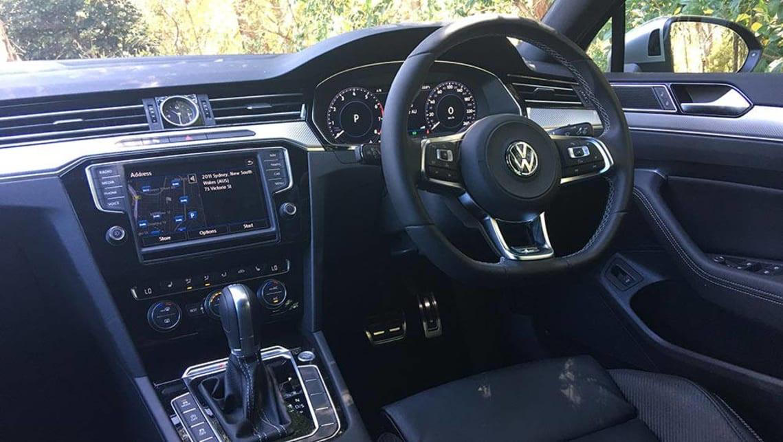 Passat R Line 2017 >> Volkswagen Passat 206TSI R-Line sedan 2017 review | CarsGuide