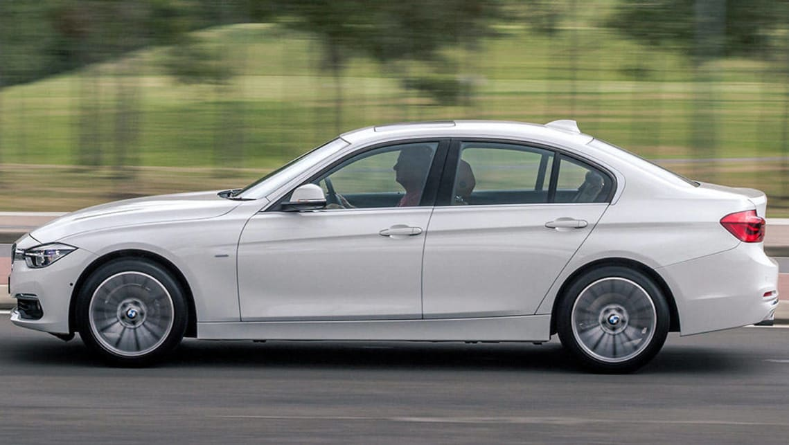 Bmw 318i Review Road Test Carsguide