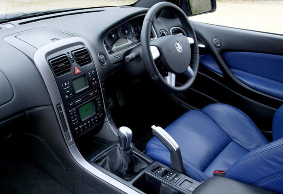 Used Holden Commodore review 20042006  CarsGuide