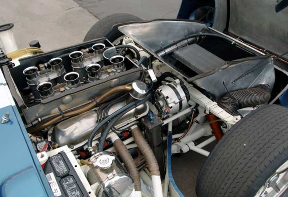 1965 Shelby Daytona Cobra engine