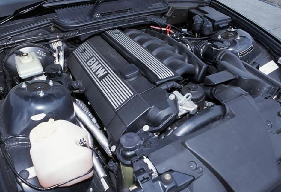 Used BMW I Review CarsGuide - Bmw 328i engine