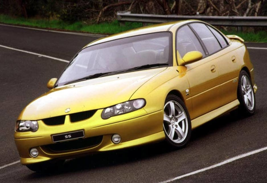 Used Holden Commodore review 20002002  CarsGuide