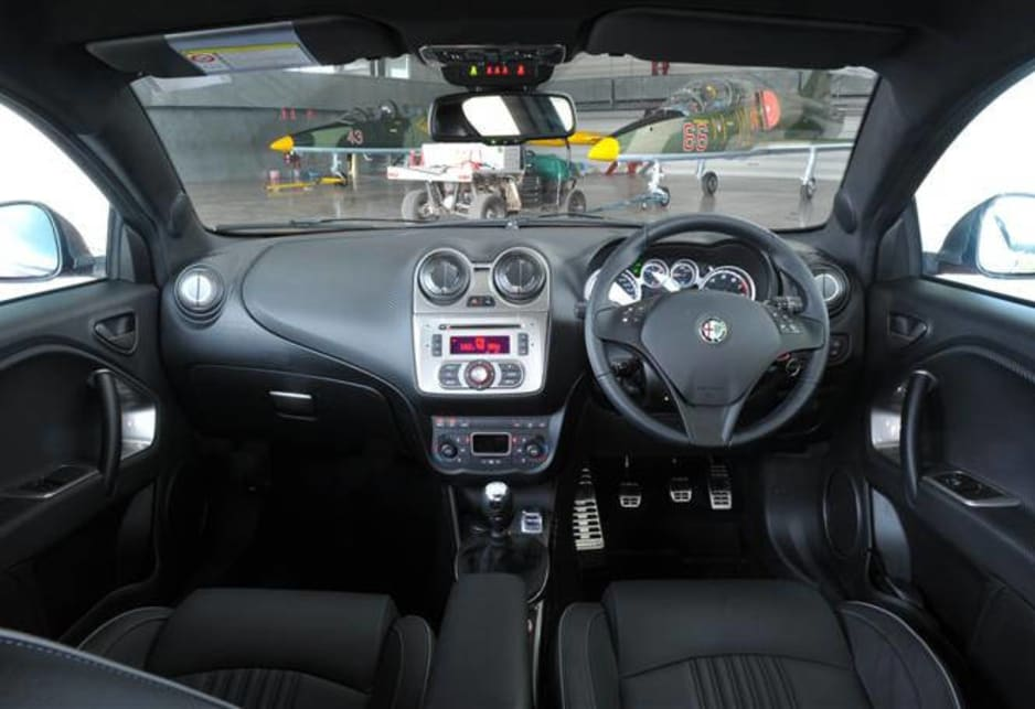 alfa romeo mito qv manual 2010 review carsguide. Black Bedroom Furniture Sets. Home Design Ideas