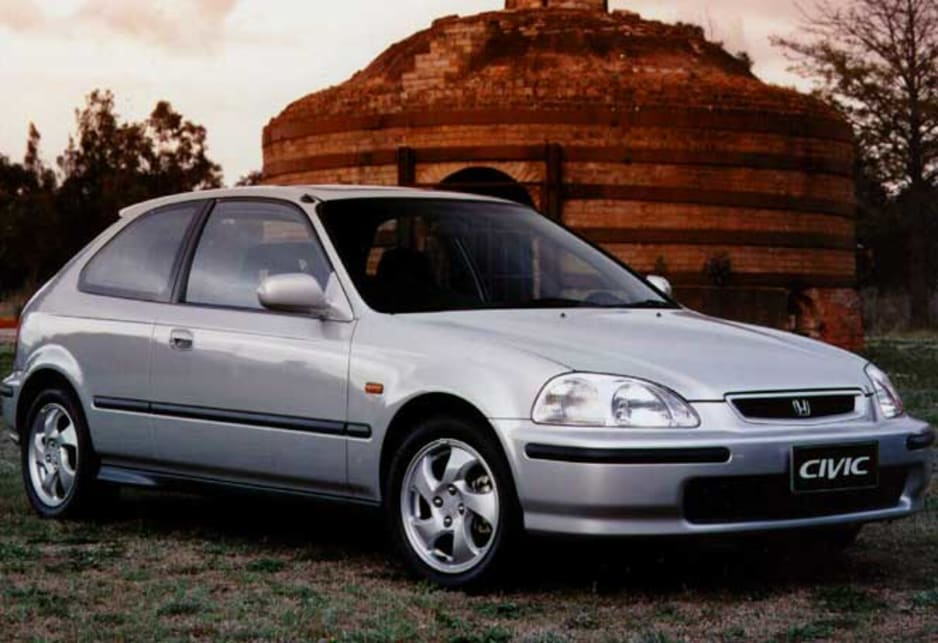 Used honda civic review 1995 2000 carsguide 1997 honda civic hatch publicscrutiny Images