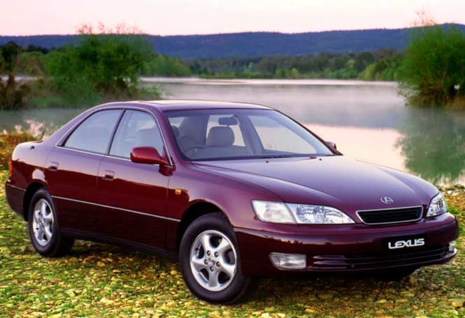 1996 lexus es 300 review