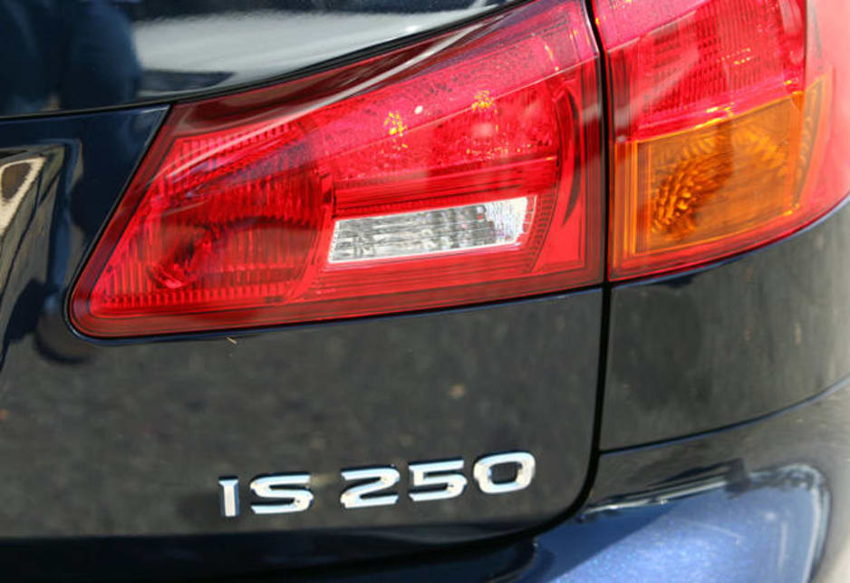 Lexus IS250 2009 Review | CarsGuide