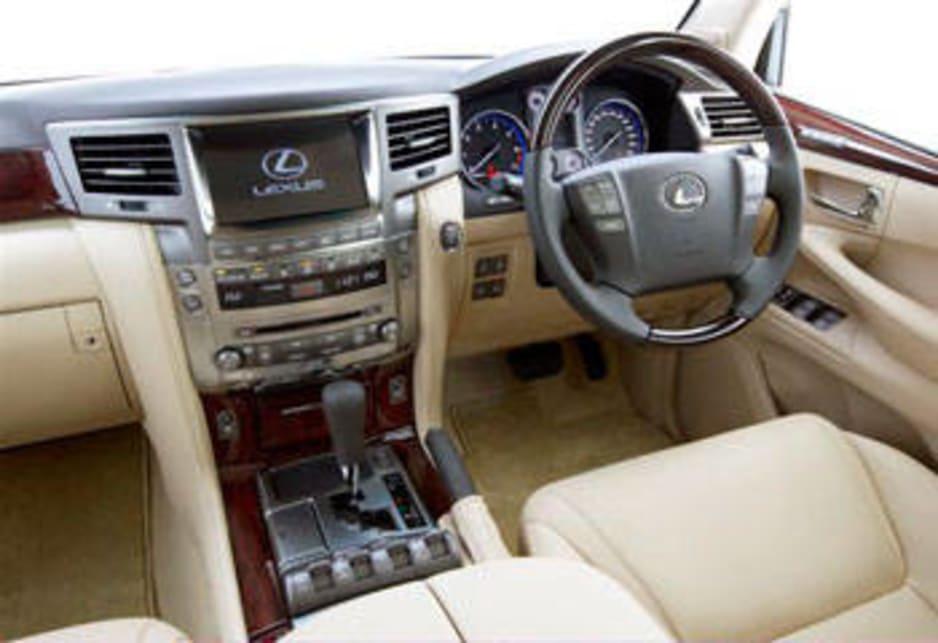 2007 lexus lx 570 review