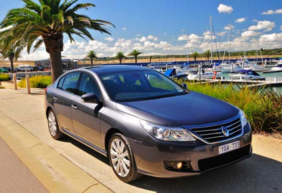 Renault latitude luxe diesel review