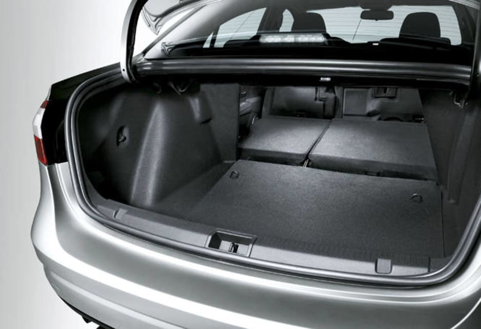 renault fluence 2011 review carsguide. Black Bedroom Furniture Sets. Home Design Ideas