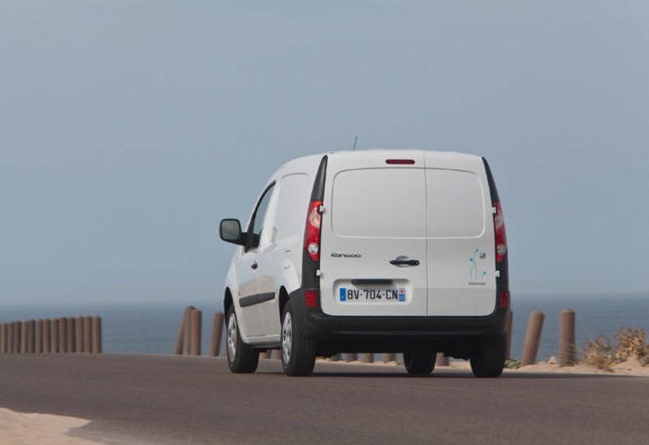 b7518c29db Renault Kangoo ZE 2011 Review