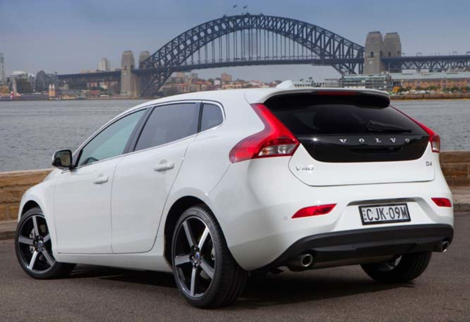 volvo v40 t5 r design 2013 review carsguide. Black Bedroom Furniture Sets. Home Design Ideas