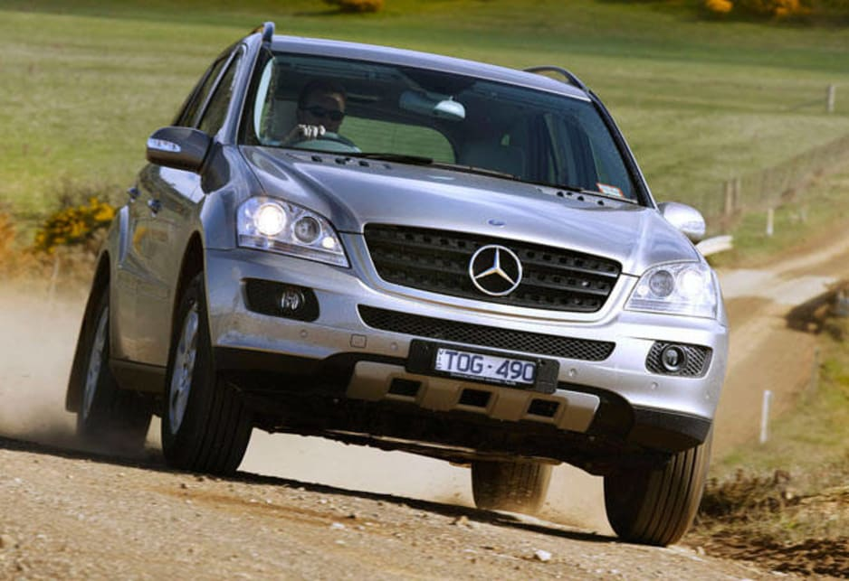 Used mercedes benz m class review 1998 2012 carsguide for 2005 mercedes benz ml350 review