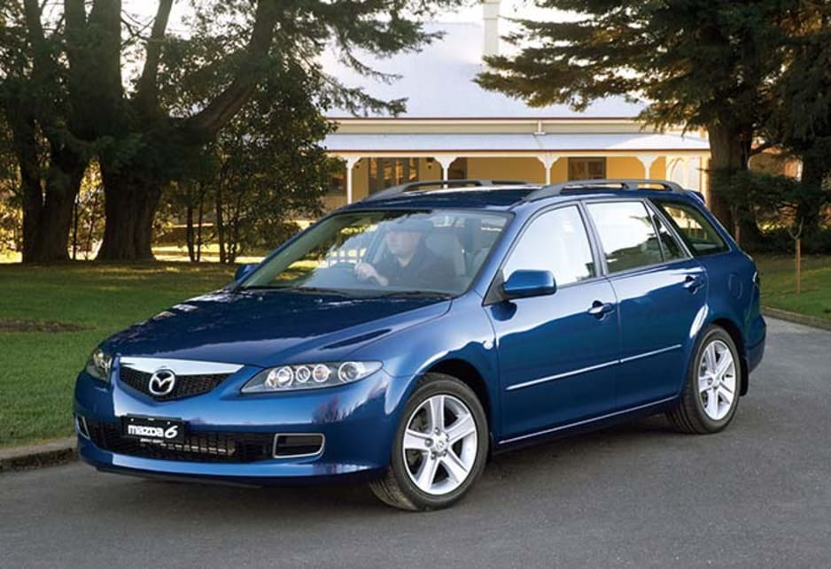 https://res.cloudinary.com/carsguide/image/upload/f_auto,fl_lossy,q_auto,t_cg_hero_large/v1/editorial/dp/albums/album-5510/lg/2005_Mazda6_Classic_wagon-gallery.jpg