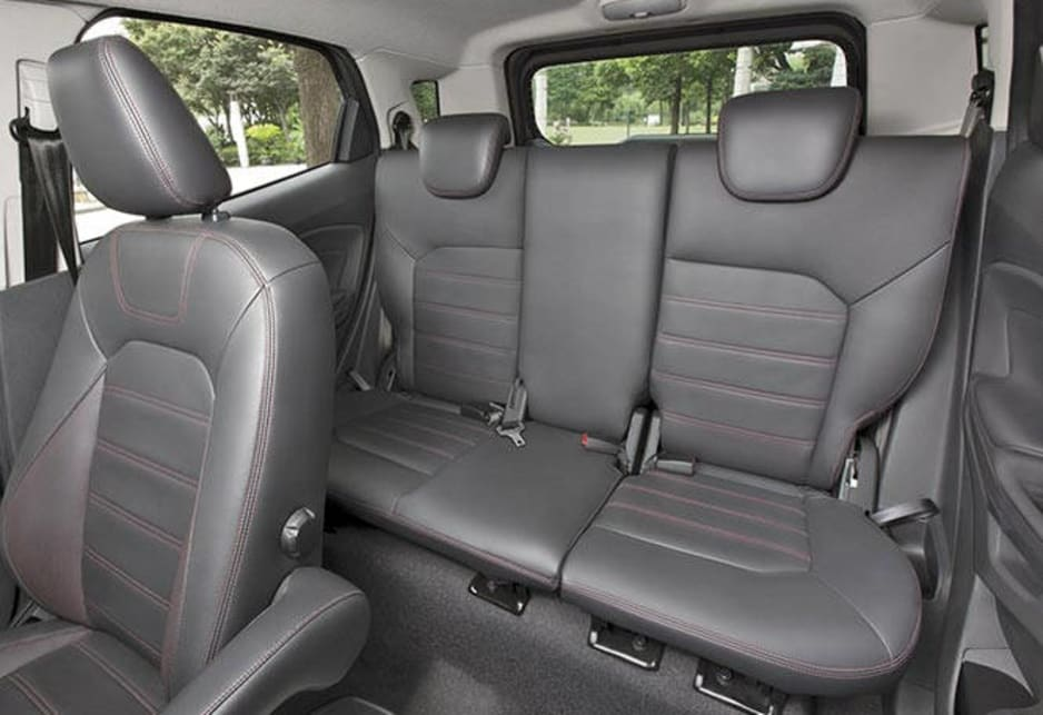 ford ecosport interior 2014 images galleries with a bite. Black Bedroom Furniture Sets. Home Design Ideas